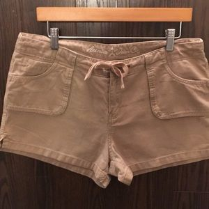 SALE Kaki colored cargo shorts,